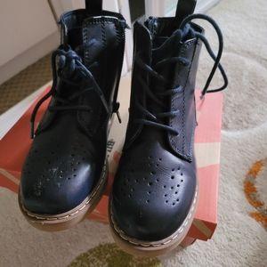 School shoes 👞